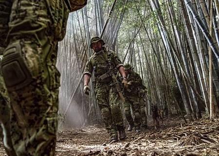 SEAL Team 2x16-04.jpg