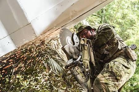 SEAL Team 2x16-11.jpg