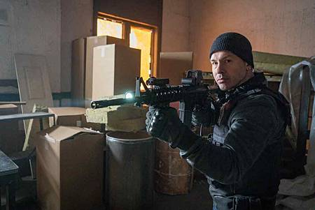 Chicago PD 6x18 (3).jpg