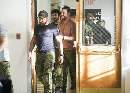 SEAL Team 2x17-03.jpg