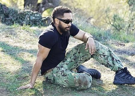 SEAL Team 2x17-11.jpg