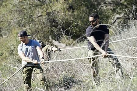 SEAL Team 2x17-16.jpg