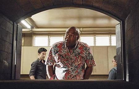 Hawaii Five-O 9x21-11.jpg