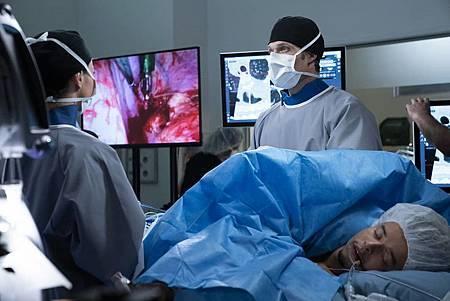 Grey's Anatomy 15x21(14).jpg