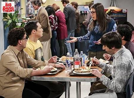 The Big Bang Theory 12x19 (1).jpg