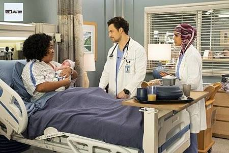 Grey's Anatomy 15x22 (26).jpg