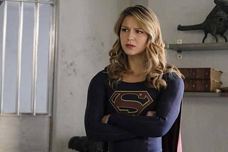Supergirl 4x18 (11).jpg