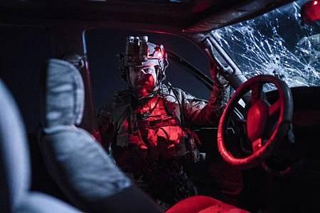 SEAL Team 2x19-18.jpg