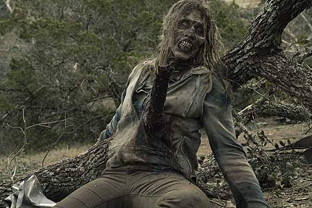 Fear the Walking Dead S05 (1).jpg