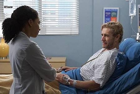 Grey's Anatomy 15x23 (6).jpg