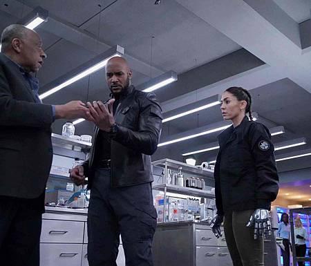 Agents of S.H.I.E.L.D 6x1 (2).jpg