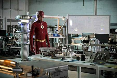 The Flash  5x21 (8).jpg