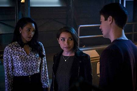 The Flash  5x21 (11).jpg