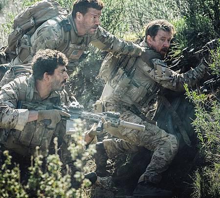 SEAL Team 2x21-05.jpg