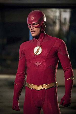 The Flash  5x22 (7).jpg