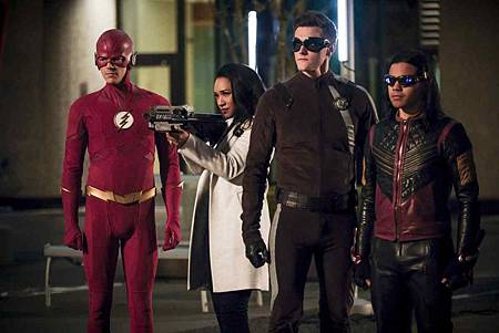 The Flash  5x22 (9).jpg