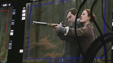 Outlander S06set (3).jpg