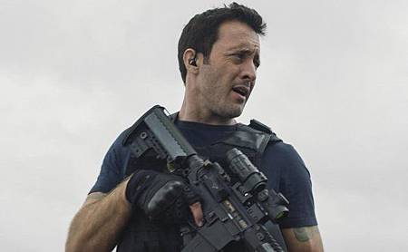 Hawaii Five-O 9x24-25.jpg
