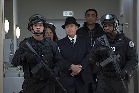 The Blacklist S06E22-16.jpg