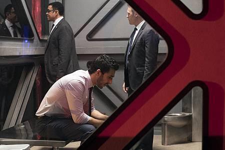 The Blacklist S06E22-20.jpg