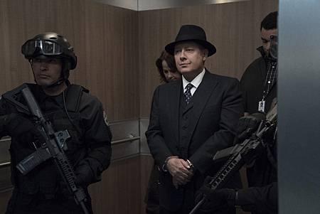 The Blacklist S06E22-21.jpg