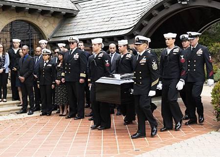 SEAL Team 2x22-07.jpg