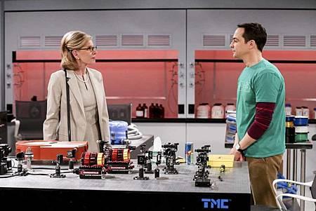 The Big Bang Theory 12x22 (2).jpg
