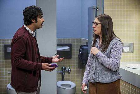 The Big Bang Theory 12x23 24 (2).jpg