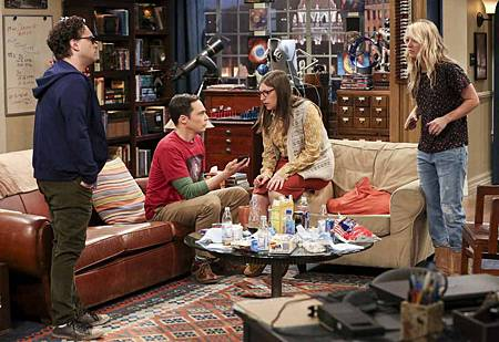 The Big Bang Theory 12x23 24 (10).jpg