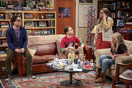 The Big Bang Theory 12x23 24 (11).jpg