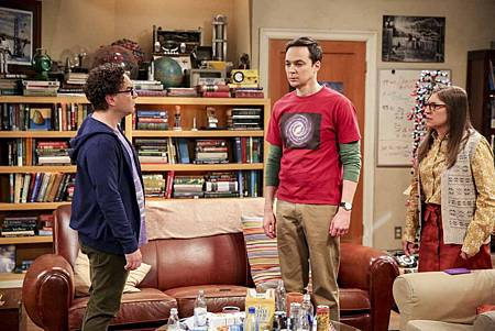The Big Bang Theory 12x23 24 (12).jpg