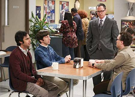 The Big Bang Theory 12x23 24 (13).jpg