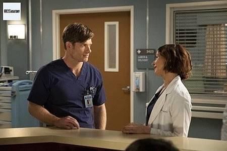 Grey's Anatomy 15x25 (1).jpg