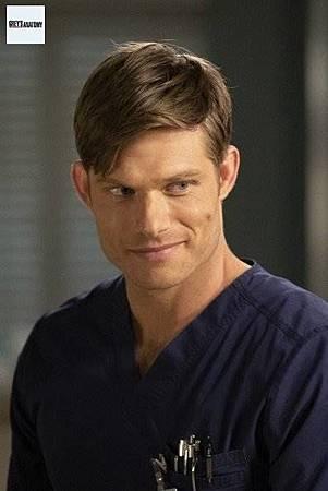 Grey's Anatomy 15x25 (3).jpg