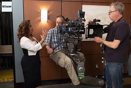 Grey's Anatomy 15x25 (6).jpg
