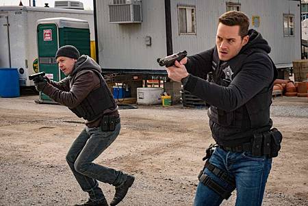 Chicago PD 6x21 (3).jpg