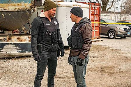 Chicago PD 6x21 (6).jpg