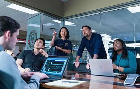 FBI 1x22 (16).jpg