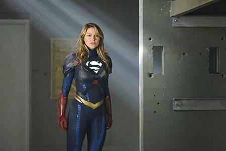 Supergirl 4x22 (13).jpg