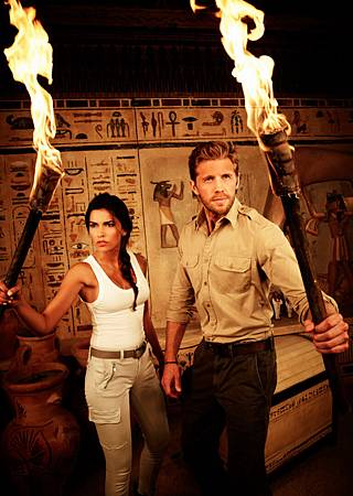 Blood & Treasure S01(2).jpg