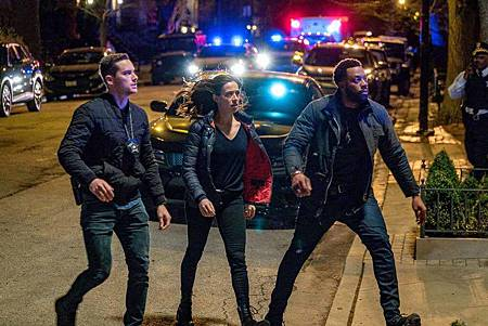 Chicago PD 6x22 (5).jpg
