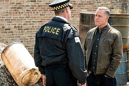 Chicago PD 6x22 (15).jpg