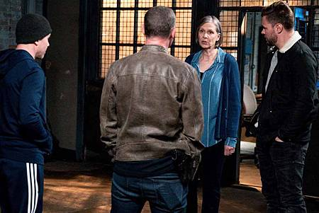 Chicago PD 6x22 (18).jpg