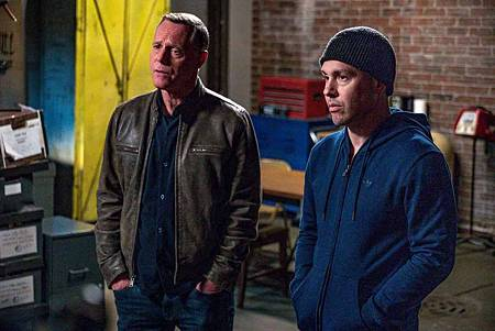 Chicago PD 6x22 (19).jpg