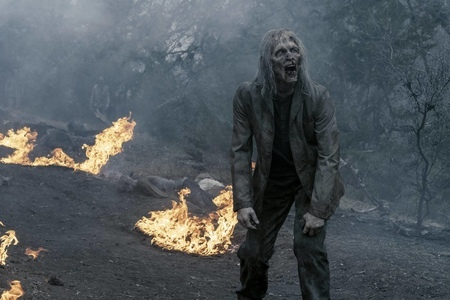Fear The Walking Dead 5x1 (1).jpg