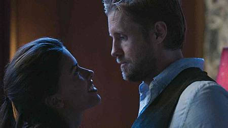 Blood & Treasure 1x4 (24).jpg