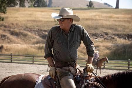 Yellowstone S02 (1).jpg