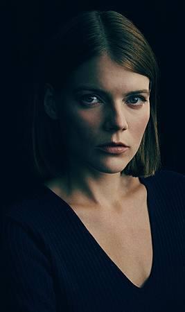Myfanwy Thomas(Emma Greenwell).jpg