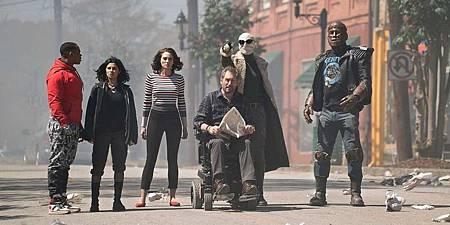 Doom-Patrol-on-Danny-The-Street-In-Season-1-Finale.jpg
