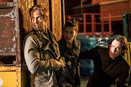 Blood & Treasure 1x10 (4).jpg